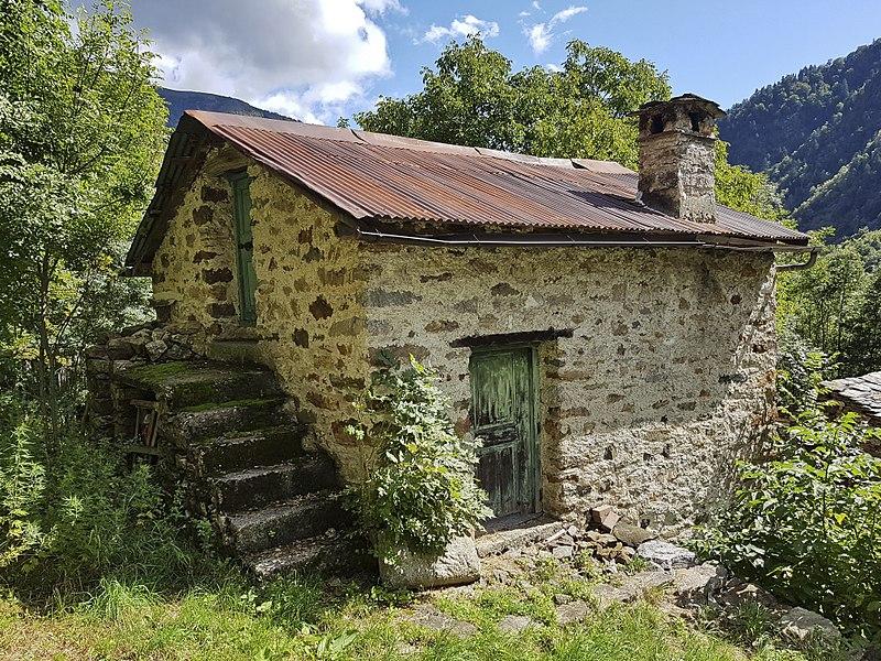 File:Casa Walser in località Cerani (5).jpg