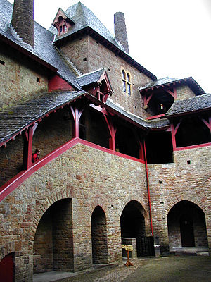 Castell Coch - The courtyard