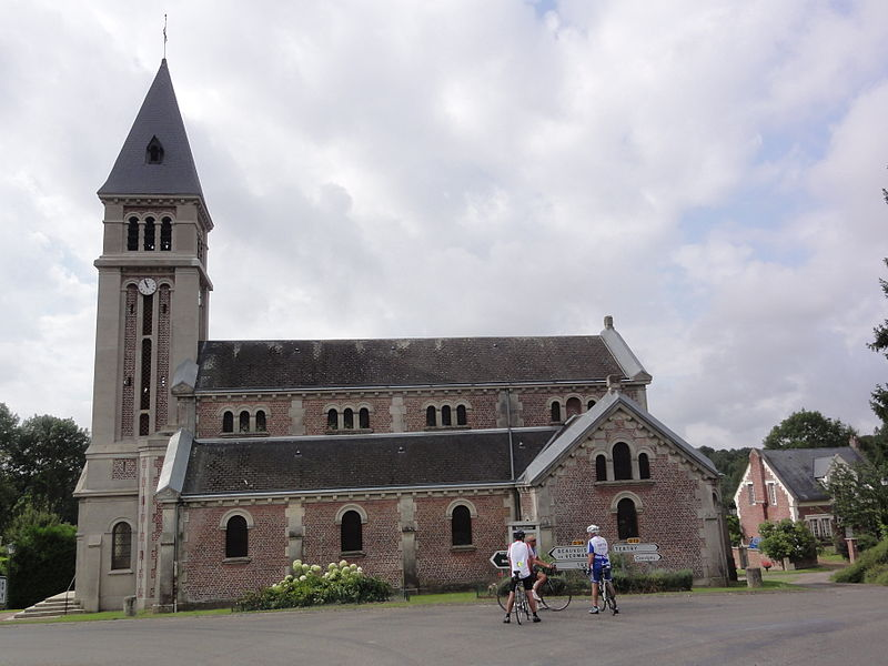 Caulaincourt (Aisne) église Saint-Quentin