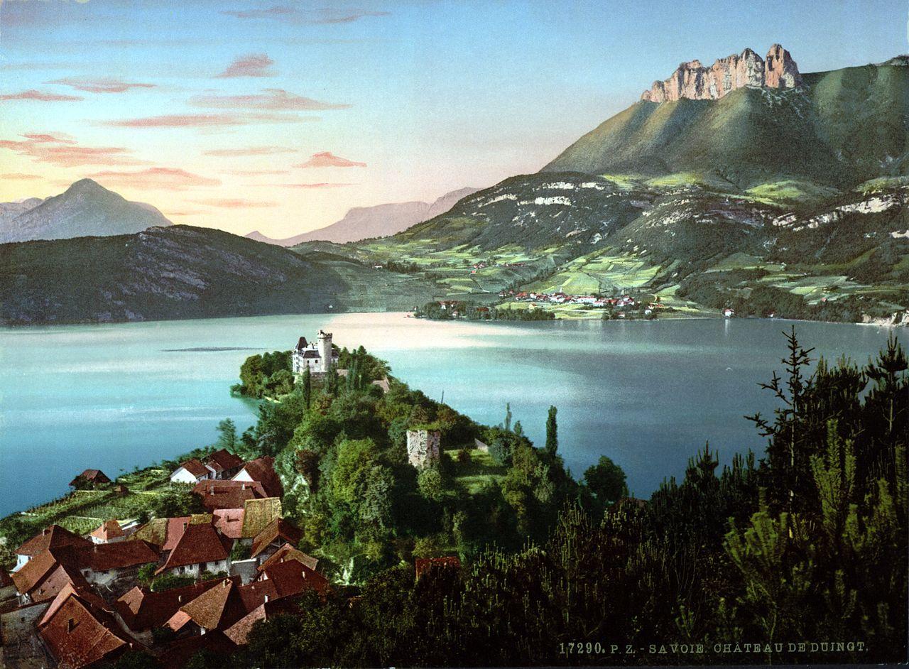 File chateau de duingt haute wikimedia commons for Haute savoie