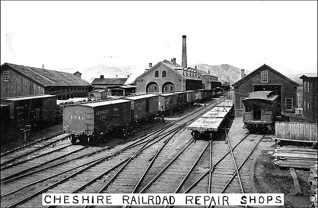 Cars On Line >> File:Cheshire Railroad Repair Shops in Keene, NH (2904865638).jpg - Wikimedia Commons