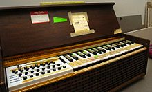 Electronic organ - Wikipedia, the free encyclopedia