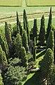 Cimitero degli eroi presso il Complesso della Basilica Patriarcale (6073343539).jpg