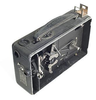 Cine-Kodak - Open view of the earliest version of the Cine Kodak Model B