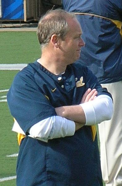 File:Clancy Pendergrast at Cal spring practice 2010-04-17.JPG