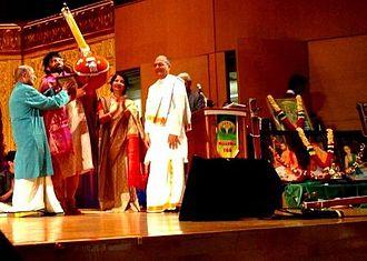 T. S. Nandakumar - Nandakumar honored by the Cleveland Thyagaraja group with the 'Best Teacher Award' from Nirupama Rao, Indian Ambassador to the United States