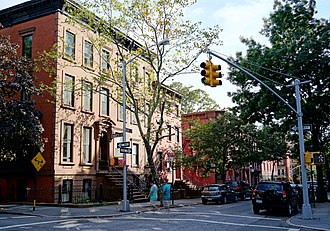 Cobble Hill, Brooklyn - The intersection of Henry and Congress streets (2013)