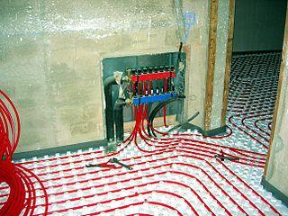 Flächenheizung-Fußbodenheizung
