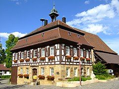 Dahenfeld Rathaus.jpg