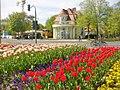 Dahlem - Koenigin-Luise-Platz (Queen Louise Square) - geo.hlipp.de - 35922.jpg