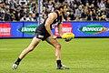 Dale Thomas handballing.jpg