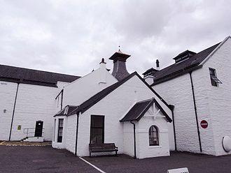 Dalwhinnie distillery - Image: Dalwhinnie
