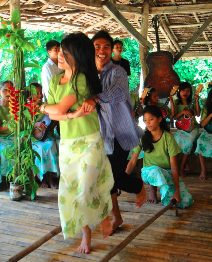 Dancing on Loboc river