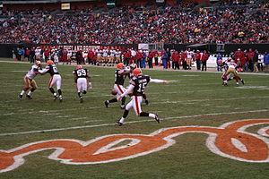 2007 Cleveland Browns season - Dave Zastudil punts, week 17