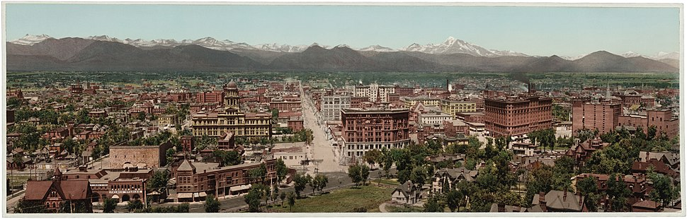 Panorama of Denver circa 1898.