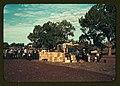 Distributing surplus commodities, St. Johns, Ariz. LCCN2017877635.jpg