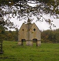 Dovecote at Chastleton - geograph.org.uk - 1670458.jpg