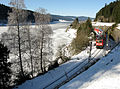 Dreiseenbahn bei der Ausfahrt aus dem Bahnhof Seebrugg.jpg