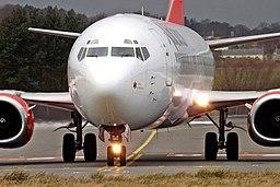 EC-LNC Boeing 737-400 Alba Star (13272762295)