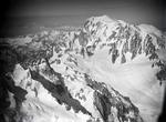 ETH-BIB-Aiguille du Géant, Mont Blanc, Aiguille du Tacul v. O. aus 4900 m-Inlandflüge-LBS MH01-006469.tif