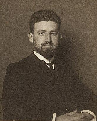 Marcel Grossmann - Image: ETH BIB Grossmann, Marcel (1878 1936) Portrait Portr 01239.tif (cropped)
