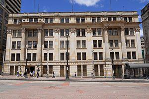 Ministry of Agriculture and Rural Development (Colombia) - Image: Edificio Pero A. López Bogotá