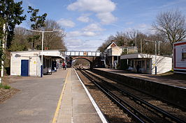 Effingham Junction station (6437971735).jpg