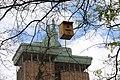 El Ayuntamiento instala 126 cajas nido en los árboles del Paseo de la Castellana 05.jpg