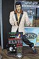 Elvis (9137014113).jpg