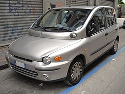 Fiat Multipla silver front.JPG