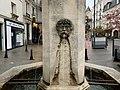 Fontaine place Général Leclerc Fontenay Bois 3.jpg
