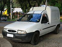 Ford Courier 1996 (9420337546).jpg