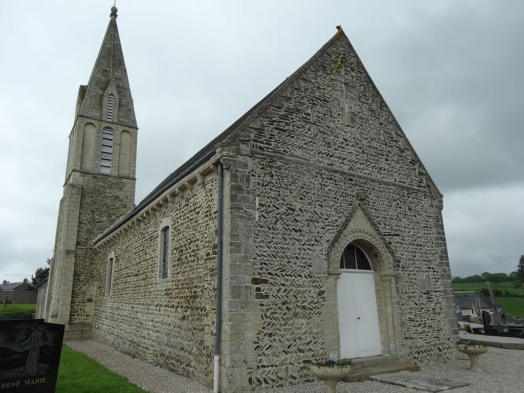 Foulognes (14) appareil en arête-de-poisson de la nef et du clocher de l'église.JPG