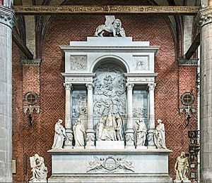 Pietà (Titian) - Image: Frari (Venice) nave right Monument of Titian