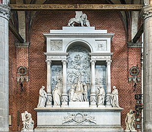 Frari (Venice) nave right - Monument of Titian.jpg