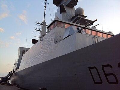 Fregate Forbin - front view.JPG