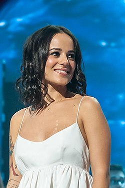 French singer Alizée at Les Enfoires 2013 - DSC5744.jpg
