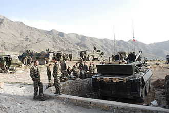 Groupement tactique interarmes de Kapisa - French troops and armor in the Alasai Valley, abril 2009.