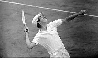 Frew McMillan South African tennis player