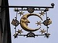 Fulda - Nasenschild Haus zum halben Mond.JPG