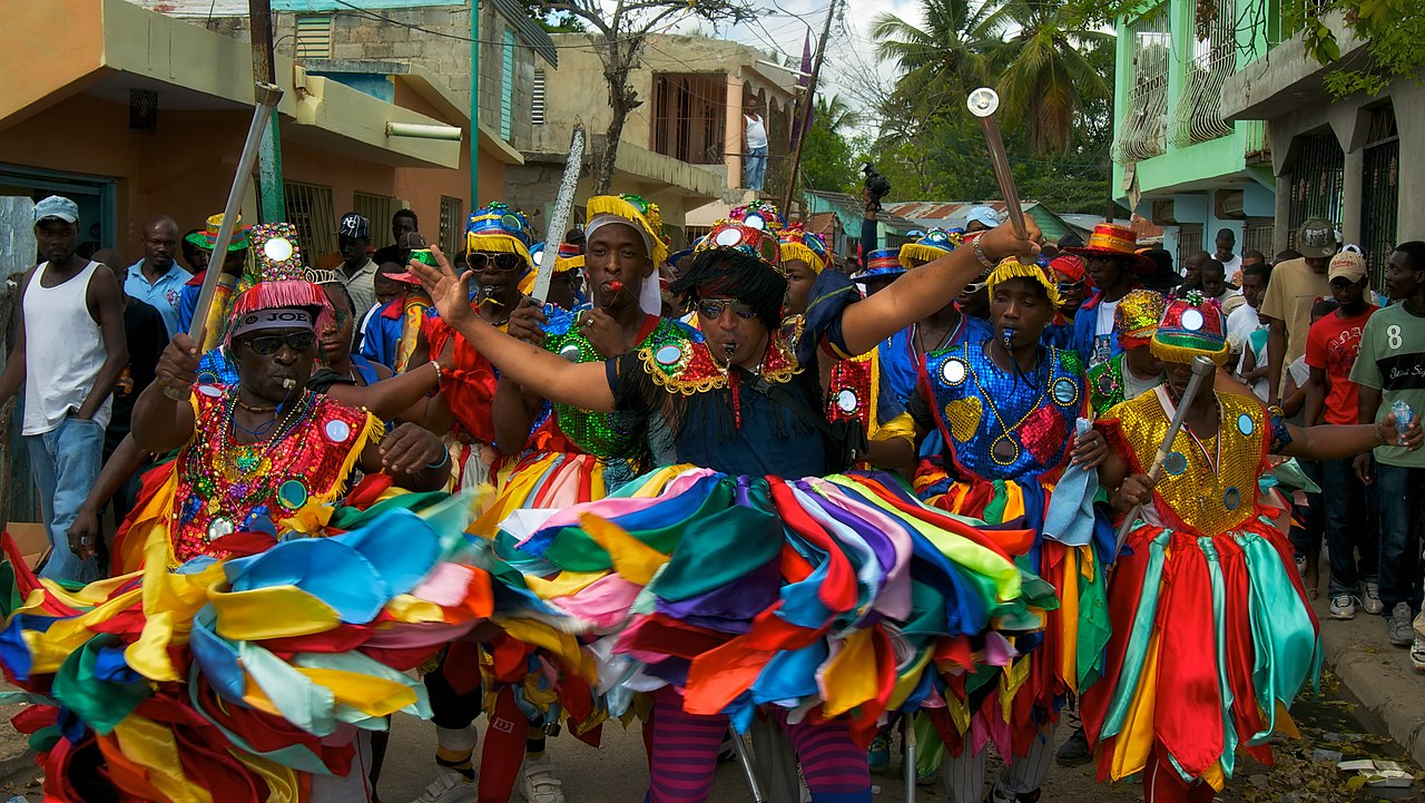 "a look at the popular traditional festivity of the dominican republic the carnival These caribbean carnivals all have several common themes many originating from trinidad and tobago carnival, based on folklore, culture, religion,and tradition (thus relating to the european use of the word, not on amusement rides, as the word ""carnival"" is often used in american english."