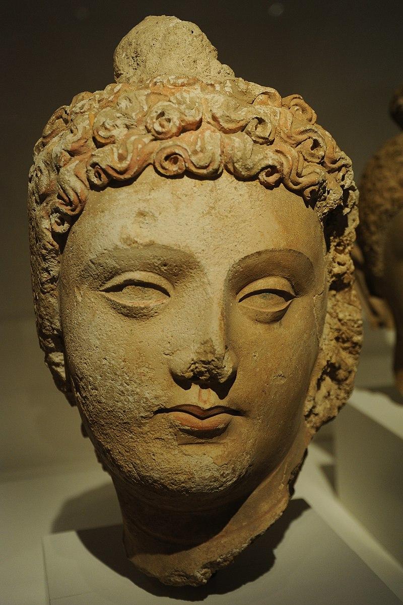 Gandhara Buddha.jpg