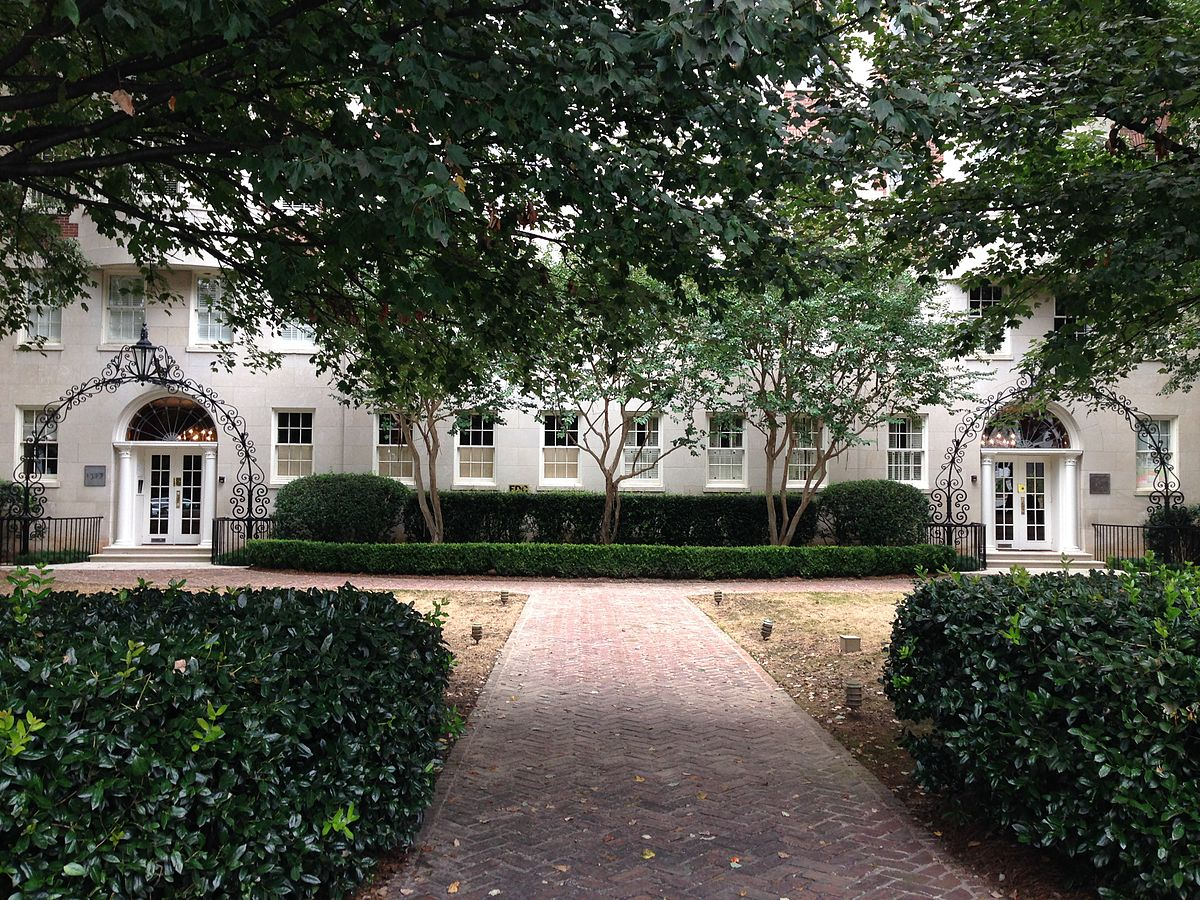 Eugene Luxury Apartments Nyc