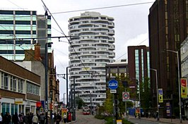 "George Street Croydon, with view of ""NLA Tower"" - geograph.org.uk - 960741.jpg"