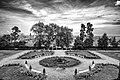 Giardino inglese a Villa Duchessa (bw).jpg
