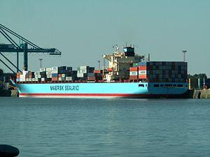 Glasgow Maersk - IMO 9193240 at Port of Antwerp, Belgium 19-Sep-2005.jpg