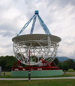 Green Banks - Grote Reber Radio Telescope.jpg