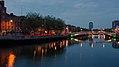 Ha'penny Bridge, Wellington Quay & River Liffey, Dublin (507193) (32785054721).jpg