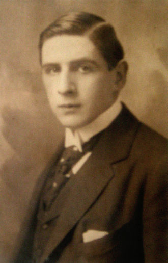 Hermann Broch - Image: Hermann Broch portrait photograph, 1909
