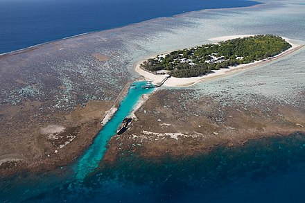 Heron Island, a coral cay in the southern Great Barrier Reef Heron Island.jpg